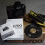 Brand New Nikon D700, D90 con lente