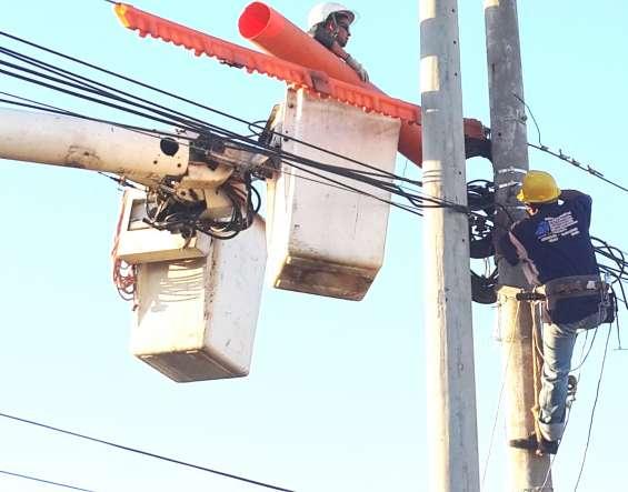 Construcciones eléctricas en media y baja tensión, obras civiles, electromecánica, diseño arquitectónico, electricidad industrial básica, electricidad residencial, fontanería, electricidad comercial, electricidad servicios electromecánica, construcción de