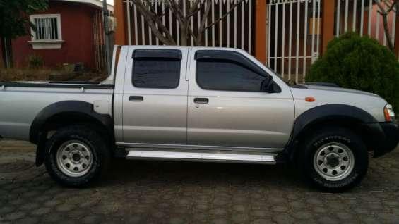 Vendo camioneta nissan frontier 2012