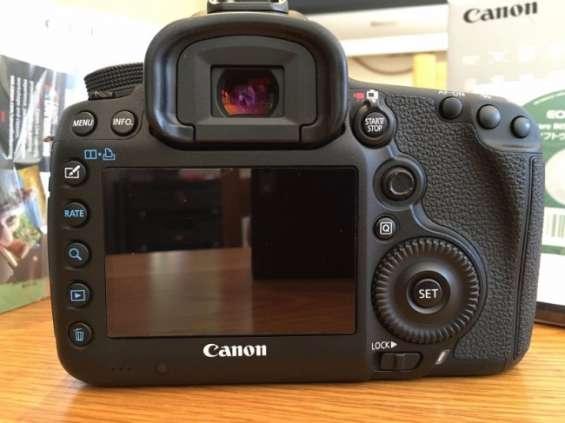Cámara canon eos 5d mark 3 + kit de 5 lentes 28-135mm en estelí